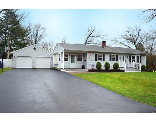 Single Family Home for Sale at 13 Winding Lane Enfield, Connecticut 06082 United States