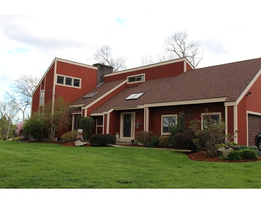 Maison unifamiliale pour l Vente à 20 Mattson Blvd 20 Mattson Blvd Ware, Massachusetts 01082 États-Unis