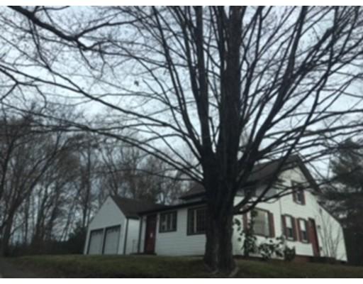Maison unifamiliale pour l Vente à 1891 Hill Street Suffield, Connecticut 06078 États-Unis