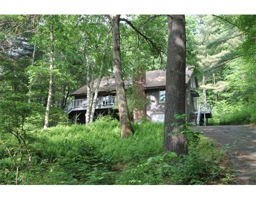 Single Family Home for Sale at 8 Bray Court Pelham, Massachusetts 01002 United States