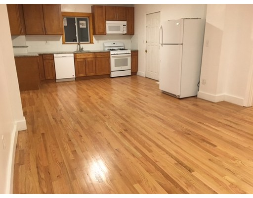 Additional photo for property listing at 13 Wyeth Street  Malden, Massachusetts 02148 Estados Unidos