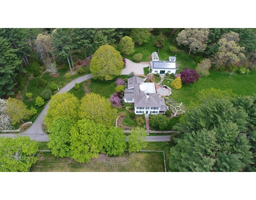 Single Family Home for Sale at 42 Elm Hill Lane Duxbury, Massachusetts 02332 United States
