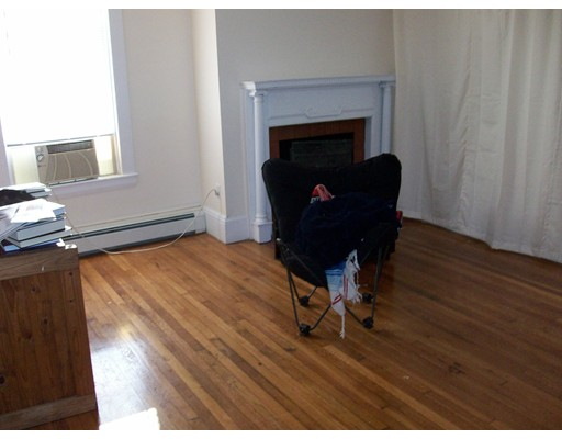 Single Family Home for Rent at 16 South Street Boston, Massachusetts 02135 United States