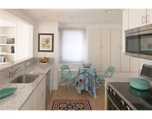 独户住宅 为 出租 在 975 Memorial Drive 坎布里奇, 02138 美国