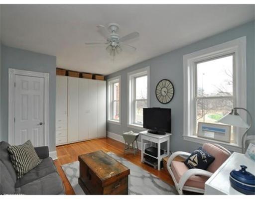 独户住宅 为 出租 在 125 Park Drive 波士顿, 马萨诸塞州 02215 美国