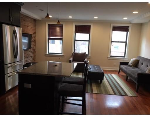 Casa Unifamiliar por un Alquiler en 196 Endicott Boston, Massachusetts 02113 Estados Unidos