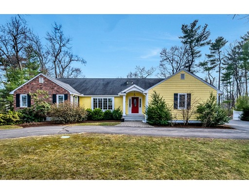 Casa Unifamiliar por un Venta en 18 Coolidge Drive Acton, Massachusetts 01720 Estados Unidos
