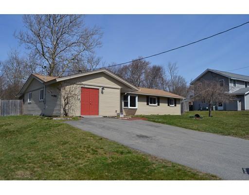 Maison unifamiliale pour l Vente à 40 Poole Circle Holbrook, Massachusetts 02343 États-Unis