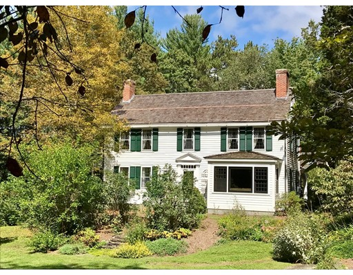 独户住宅 为 销售 在 131 Shutesbury Road Leverett, 马萨诸塞州 01054 美国