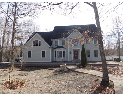 Single Family Home for Rent at 38 Whispering Way Stow, Massachusetts 01775 United States