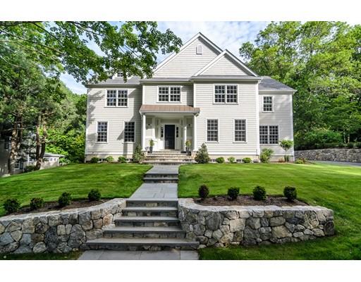 Casa Unifamiliar por un Venta en 12 Nantucket Road 12 Nantucket Road Wellesley, Massachusetts 02481 Estados Unidos