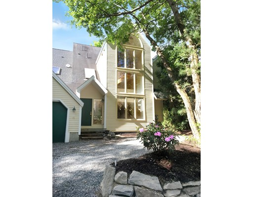 共管式独立产权公寓 为 销售 在 12 Deer Path #12 12 Deer Path #12 Hudson, 马萨诸塞州 01749 美国