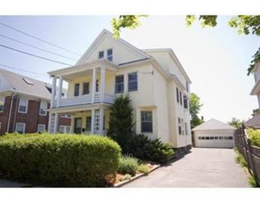 Casa Unifamiliar por un Alquiler en 75 TROWBRIDGE Arlington, Massachusetts 02474 Estados Unidos