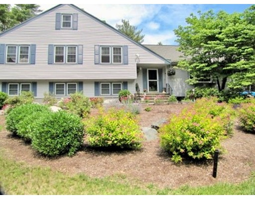 Single Family Home for Sale at 287 York Street Stoughton, Massachusetts 02072 United States