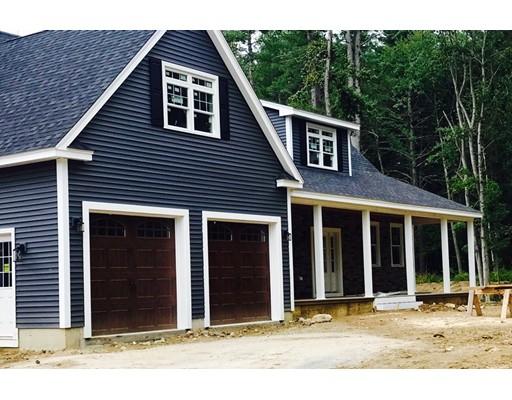 Maison unifamiliale pour l Vente à 76 Patriot Drive 76 Patriot Drive Pelham, New Hampshire 03076 États-Unis