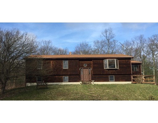 Single Family Home for Sale at 379 Brookfield Road Brimfield, Massachusetts 01010 United States