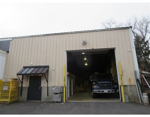 Commercial for Rent at 80 Cambridge Street 80 Cambridge Street Methuen, Massachusetts 01844 United States