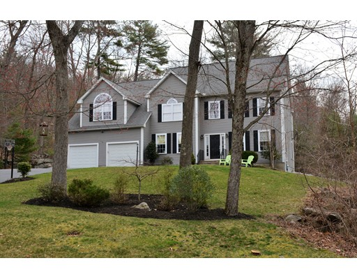 Casa Unifamiliar por un Venta en 42 Shining Rock Drive Northbridge, Massachusetts 01534 Estados Unidos