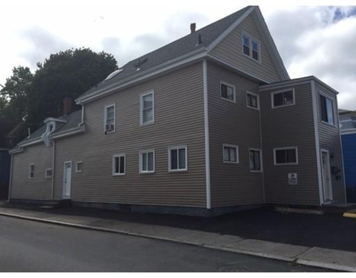 Maison avec plusieurs logements pour l Vente à 72 Lewis Street Lynn, Massachusetts 01902 États-Unis
