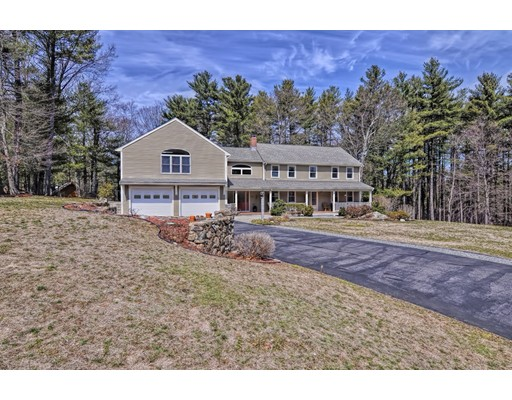 Single Family Home for Sale at 48 Edwards Road Foxboro, Massachusetts 02035 United States