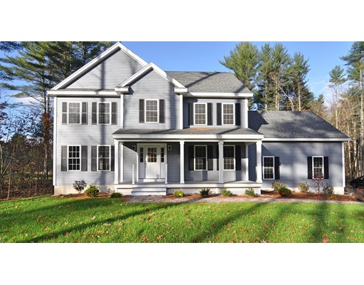425 River St, Dunstable, MA 01827