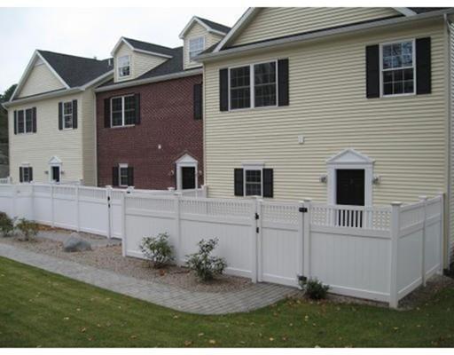 Single Family Home for Rent at 33 Depot Street Sharon, Massachusetts 02067 United States