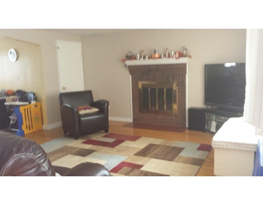 Single Family Home for Rent at 251 auburndale Newton, Massachusetts 02466 United States