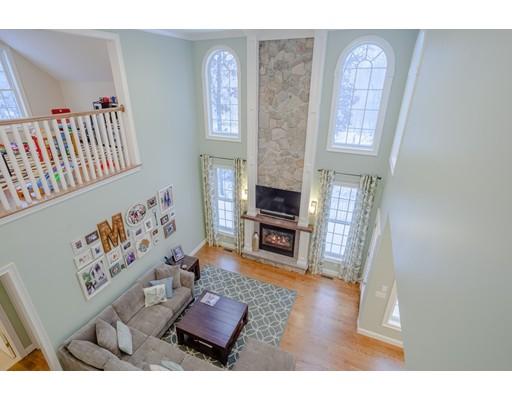独户住宅 为 销售 在 23 Tristan Court Smithfield, 罗得岛 02917 美国