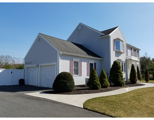 Частный односемейный дом для того Продажа на 57 Tamarack Drive Stoughton, Массачусетс 02072 Соединенные Штаты