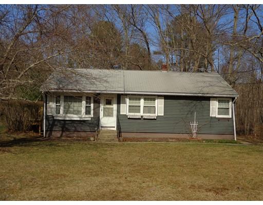 Maison unifamiliale pour l Vente à 295 Liberty Highway Putnam, Connecticut 06260 États-Unis