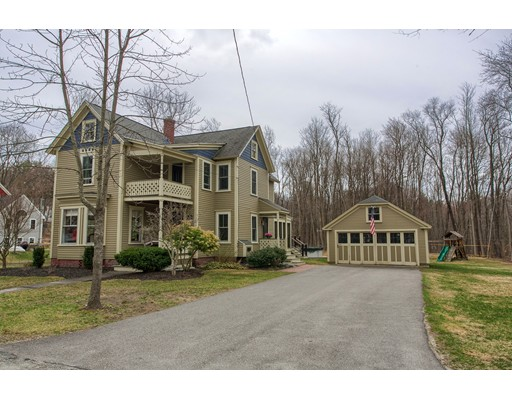19 Pleasant St, Pepperell, MA 01463