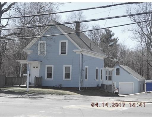 Maison unifamiliale pour l Vente à 232 S Franklin Street Holbrook, Massachusetts 02343 États-Unis