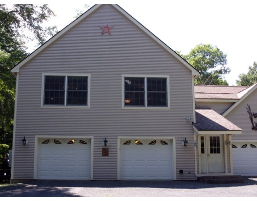 Single Family Home for Sale at 710 Colebrook River Road 710 Colebrook River Road Tolland, Massachusetts 01034 United States