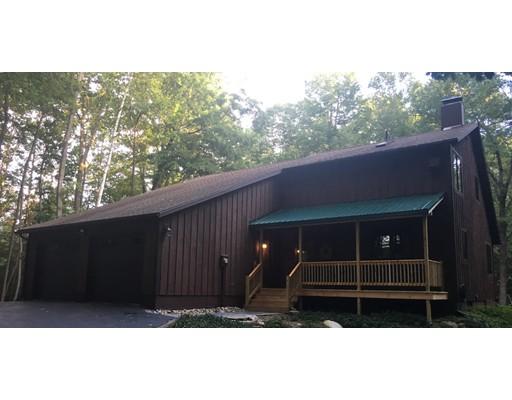 Частный односемейный дом для того Продажа на 302 Main Road Westhampton, Массачусетс 01027 Соединенные Штаты