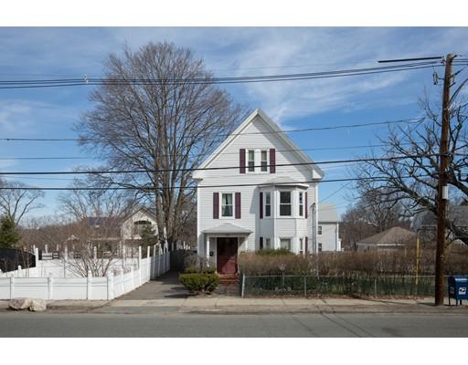 Casa Multifamiliar por un Venta en 126 Winter Street Saugus, Massachusetts 01906 Estados Unidos