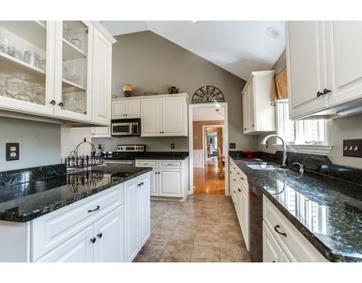 Частный односемейный дом для того Продажа на 40 Pheasant Hollow Run Princeton, Массачусетс 01541 Соединенные Штаты