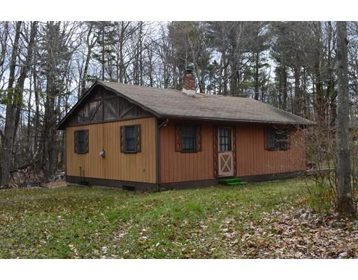 Частный односемейный дом для того Продажа на 103 Sir Edwards Way Becket, Массачусетс 01223 Соединенные Штаты