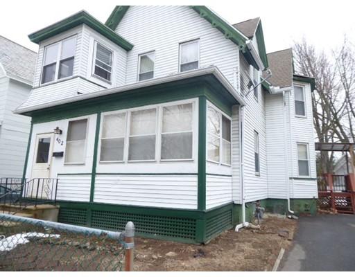 Casa Unifamiliar por un Venta en 402 Pleasant Street Holyoke, Massachusetts 01040 Estados Unidos