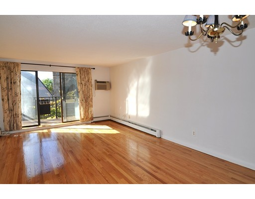 Additional photo for property listing at 154 High Street  Medford, Massachusetts 02155 United States