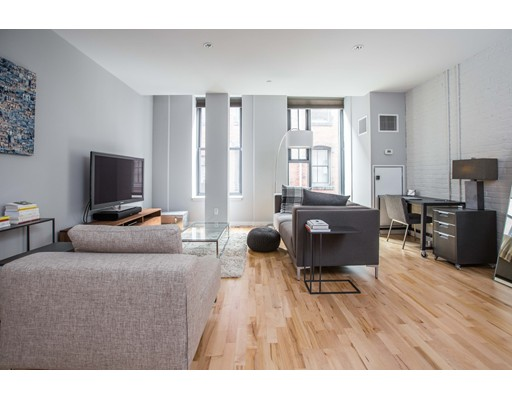 Additional photo for property listing at 346 Congress Street  Boston, Massachusetts 02210 Estados Unidos