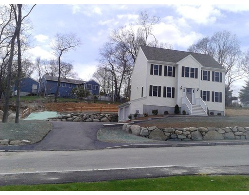 Single Family Home for Sale at 65 Westdale Road Holbrook, Massachusetts 02343 United States