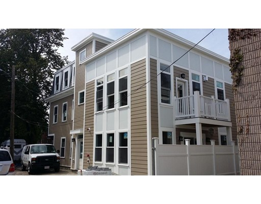 Casa Unifamiliar por un Alquiler en 7 Wendell Place Boston, Massachusetts 02127 Estados Unidos