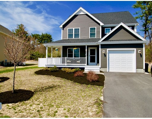 Single Family Home for Sale at 5 Corn Mill Way Rockland, Massachusetts 02370 United States