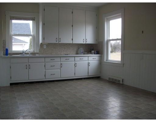 Additional photo for property listing at 2 Fontneau Avenue  Attleboro, Massachusetts 02703 United States
