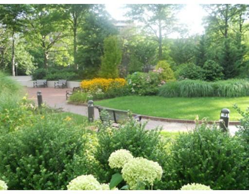Casa Unifamiliar por un Alquiler en 2 Hawthorne Boston, Massachusetts 02114 Estados Unidos