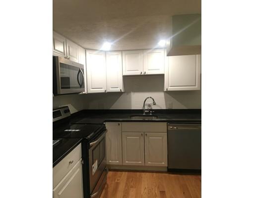 独户住宅 为 出租 在 127 Bay State Road 波士顿, 马萨诸塞州 02215 美国