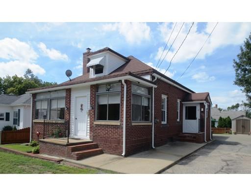 独户住宅 为 销售 在 47 Loring Street Woonsocket, 罗得岛 02895 美国