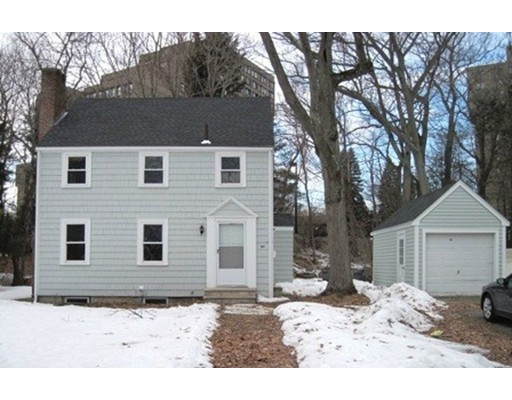 Additional photo for property listing at 40 Moody  Newton, Massachusetts 02467 Estados Unidos