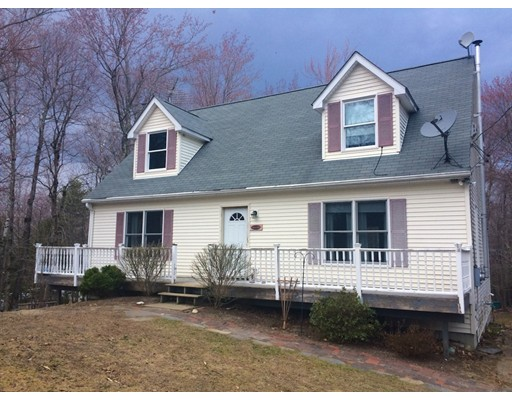 Casa Unifamiliar por un Venta en 8 Lilly Pond Lane Goshen, Massachusetts 01032 Estados Unidos