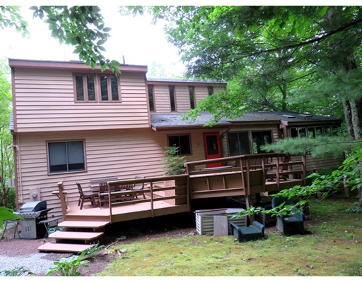 Casa Unifamiliar por un Venta en 307 Sanctuary Lane 307 Sanctuary Lane Sandisfield, Massachusetts 01255 Estados Unidos